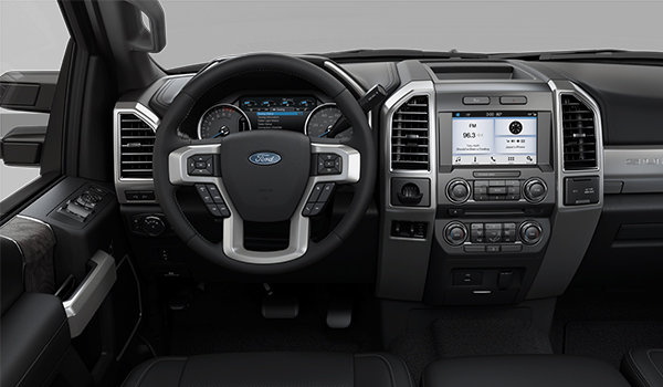 2018 Ford Super Duty F-250 LARIAT | Photo 3 | Black Premium Leather (6B)