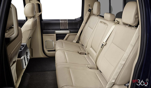 2018 Ford Super Duty F-350 LARIAT | Photo 2 | Camel Premium Leather, Luxury Captain's Chairs (5A)