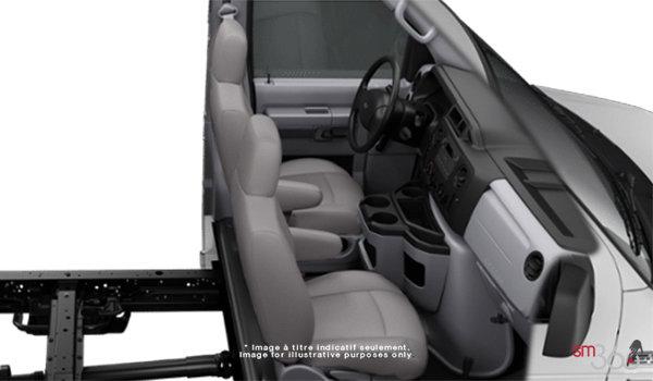 2018 Ford E-Series Cutaway 350 | Photo 1 | Medium Pebble Cloth Captain's Chairs (MW)