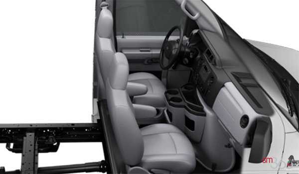 2018 Ford E-Series Cutaway 350 | Photo 1 | Medium Flint Vinyl (AE)