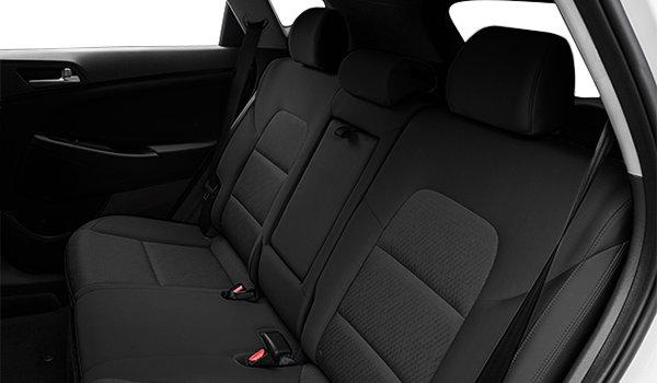 2018 Hyundai Tucson 2.0L | Photo 2 | Black Cloth