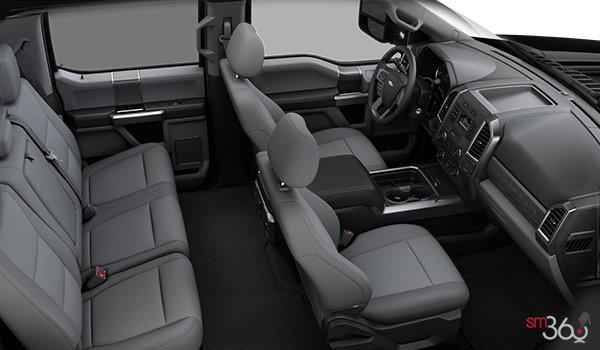 2018 Ford Super Duty F-450 XLT | Photo 1 | Medium Earth Grey Cloth, Luxury Captain's Chairs (2S)