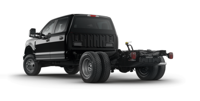 2017 Ford Chassis Cab F-350 XLT | Photo 5 | Shadow Black