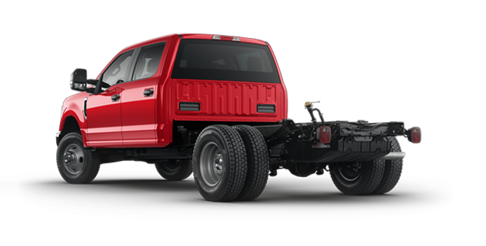 2017 Ford Chassis Cab F-350 XLT | Photo 5 | Race Red