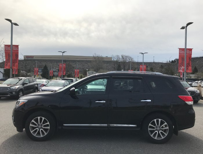Used 2015 Nissan Pathfinder SL V6 4x4 at 7 Pass  All Wheel Drive