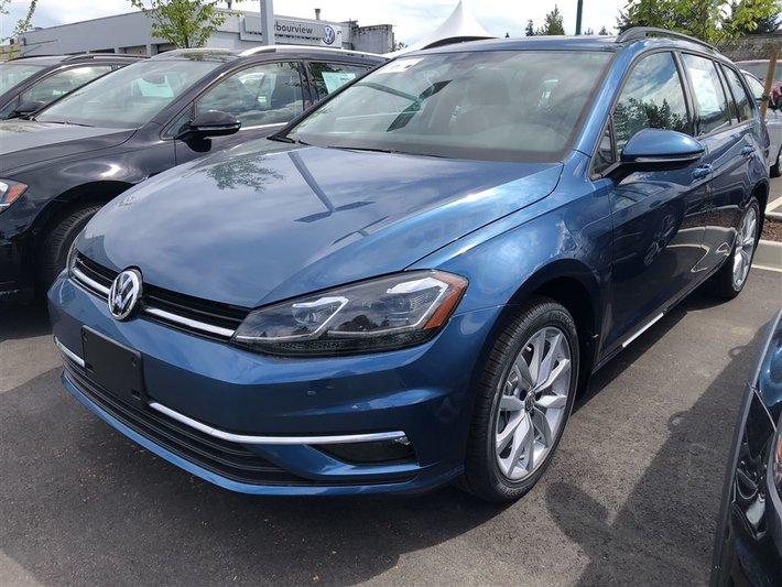 2018 Volkswagen GOLF SPORTWAGEN Comfortline 4Motion 6spd w/ Light Pkg.
