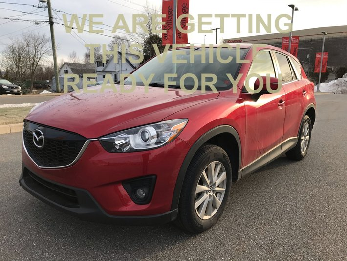 2015 Mazda CX-5 GS AWD..ONE OWNER..POWER ROOF..HEATED SEATS..POWER SEAT..ALLOY WHEELS..ACTIVE SAFETY FEATURES!!