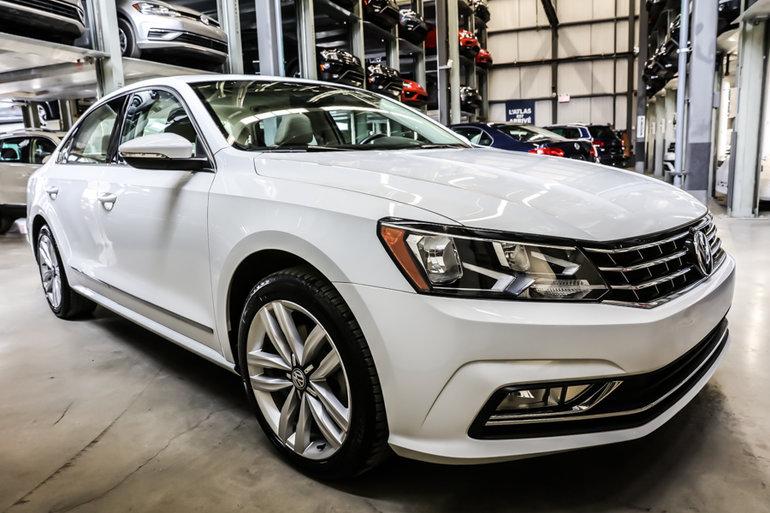 Volkswagen Passat Highline + NAV 2016