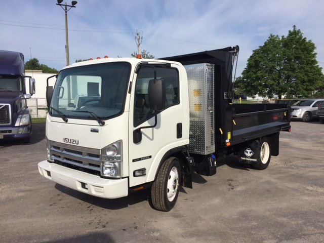 2015 Isuzu NRR Dump Truck
