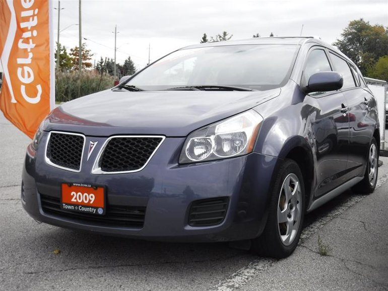 2009 Pontiac Vibe 4D Hatchback