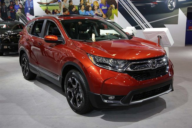 The 2017 Honda CR-V showcased at the Montreal Auto Show