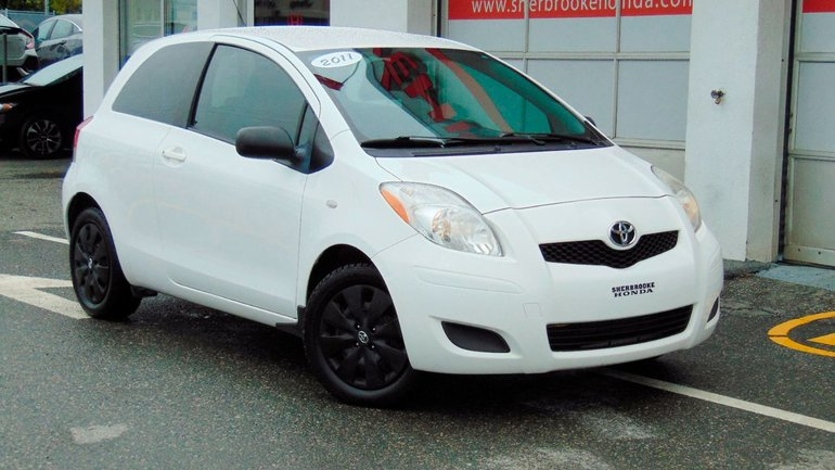 2011 Toyota Yaris CE