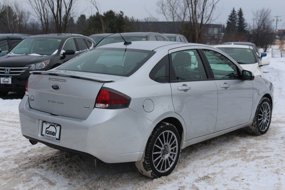 Ford Focus SES 2011