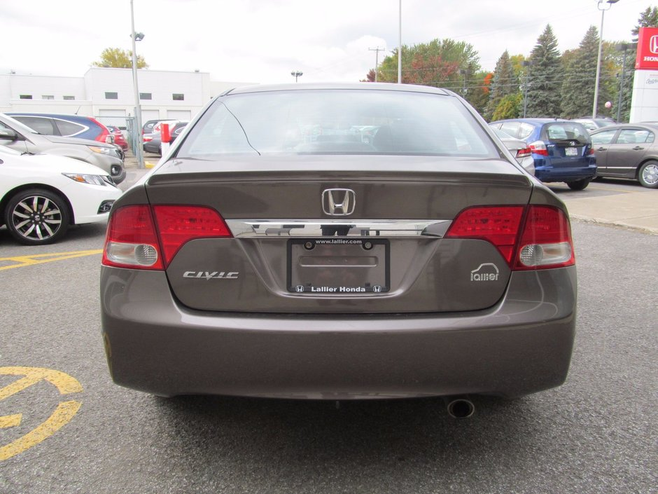 Pre owned 2009 honda civic sport interieur noir usb for Honda financial payoff phone number